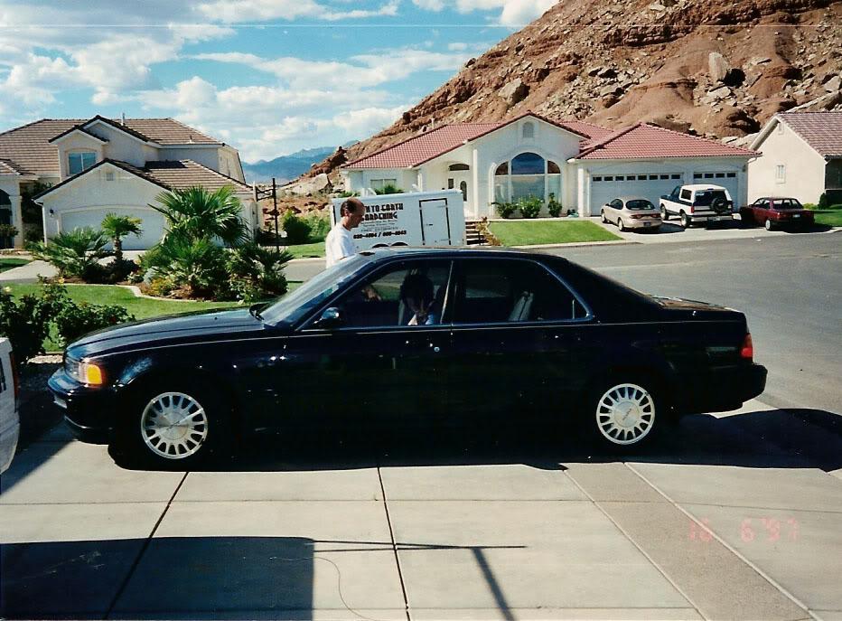 Friday Flashback:  Mom's 1993 Acura Legend L Sedan (4/6)