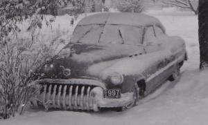 1950_buick_snow