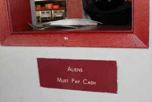 aliens_pay_cash