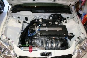 civic_engine_bay