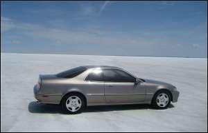 Bonneville_Salt_Flats_Acura_Legend_2