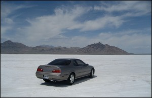 Bonneville_Salt_Flats_Acura_Legend_3