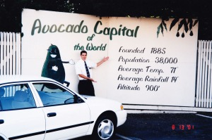 fallbrook_avocado_sign