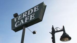 Verde_Cafe_Sign