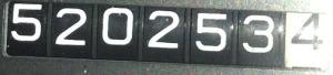 520253