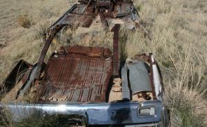 abandoned_car_1