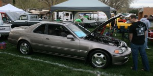 acura_legend_parking_in_car_show