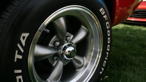 MUSTANG_TIRE