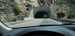 ilx_entering_queen_creek_tunnel