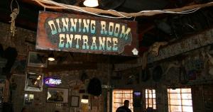 tortilla_flat_dinning_room
