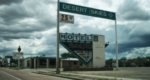 desert_skies_motel_holbrook