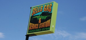 sells_gas_sign
