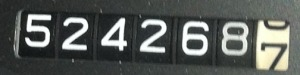 524268