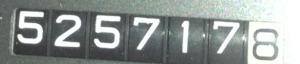 525717