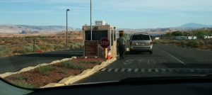 arriving_halls_crossing_lake_powell