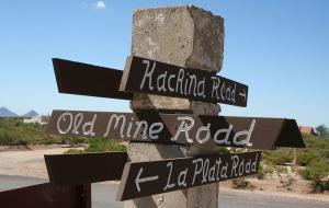 signpost_kachina