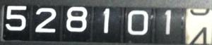 528101