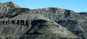 salt_river_canyon_road