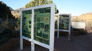 salt_river_rest_area_signs