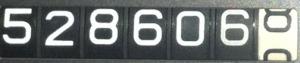 528606