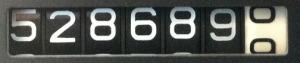 528689