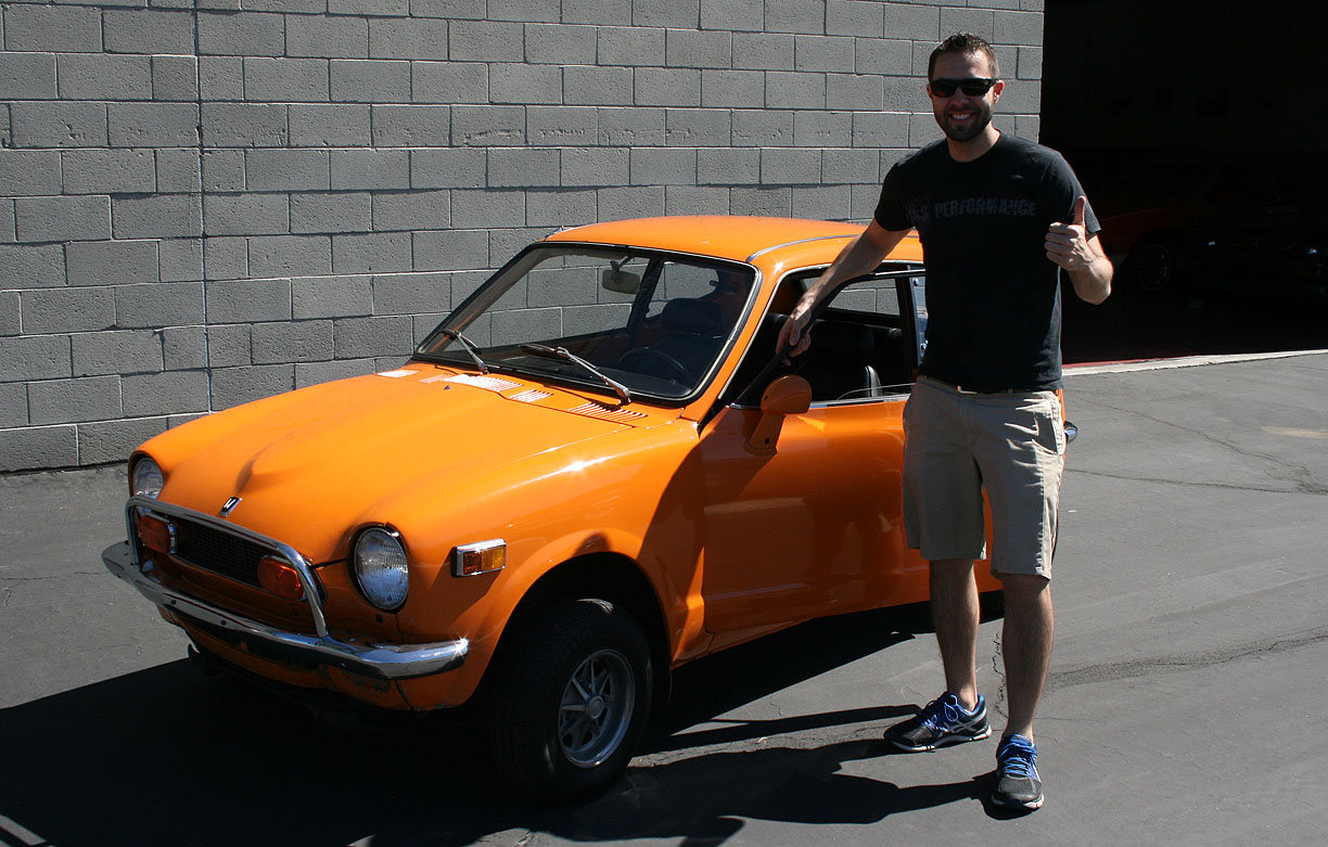 09 march 2014 drivetofive with its dash mounted shift lever the orange 1972 honda z600 struck me immediately as the ancestor to todays civic si scott brought the 2 cylinder sciox Choice Image