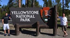 yellowstone_entrance