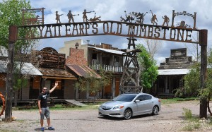 ilx_at_old_tombstone