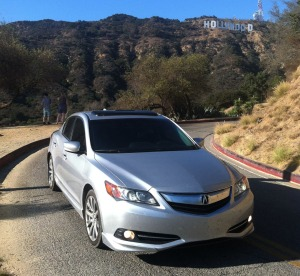 ilx_with_hollywood_sign