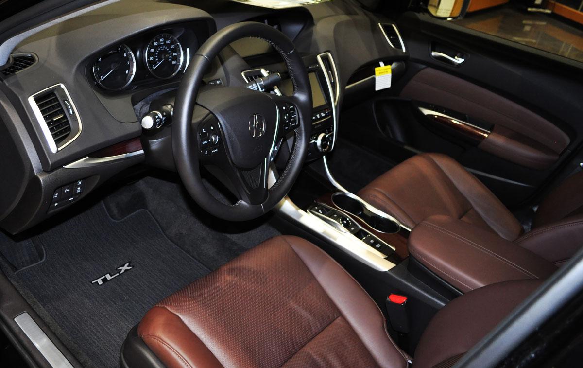 Perfect Test Drive 2015 Acura TLX V6 Drivetofive