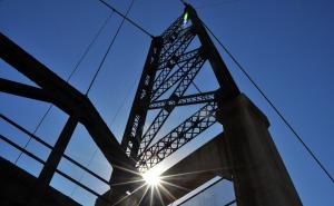 bridge_sun