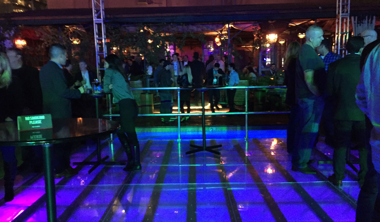 2014 los angeles california auto show drivetofive for Pool dance show