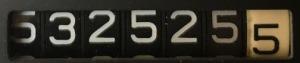 532525