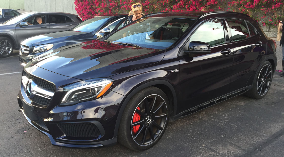 Press Previews: 2015 Chrysler 300 & 2015 Mercedes-Benz GLA ...