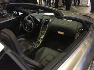 mclaren_650s_interior