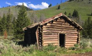cabin_yankee_fork