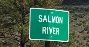 salmon_river_sign
