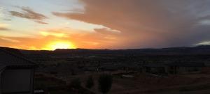 sunset_st_g