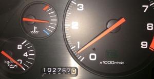 102757