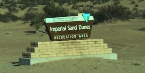 dunes_sign