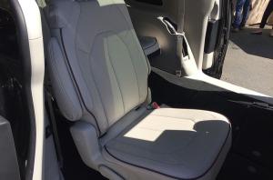 seat_2nd_row